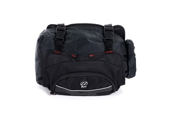 8bar bags handlebar bag 2 black studio bike travel lr 575x383 - Lenkertasche