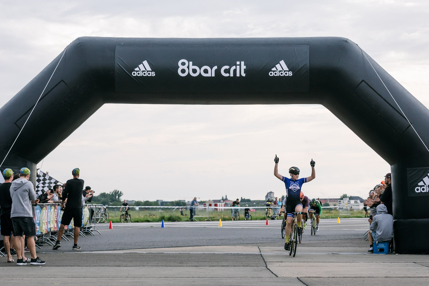 8bar-crit-fixed-gear-bike-race-stefanhaehnel-bestof-18
