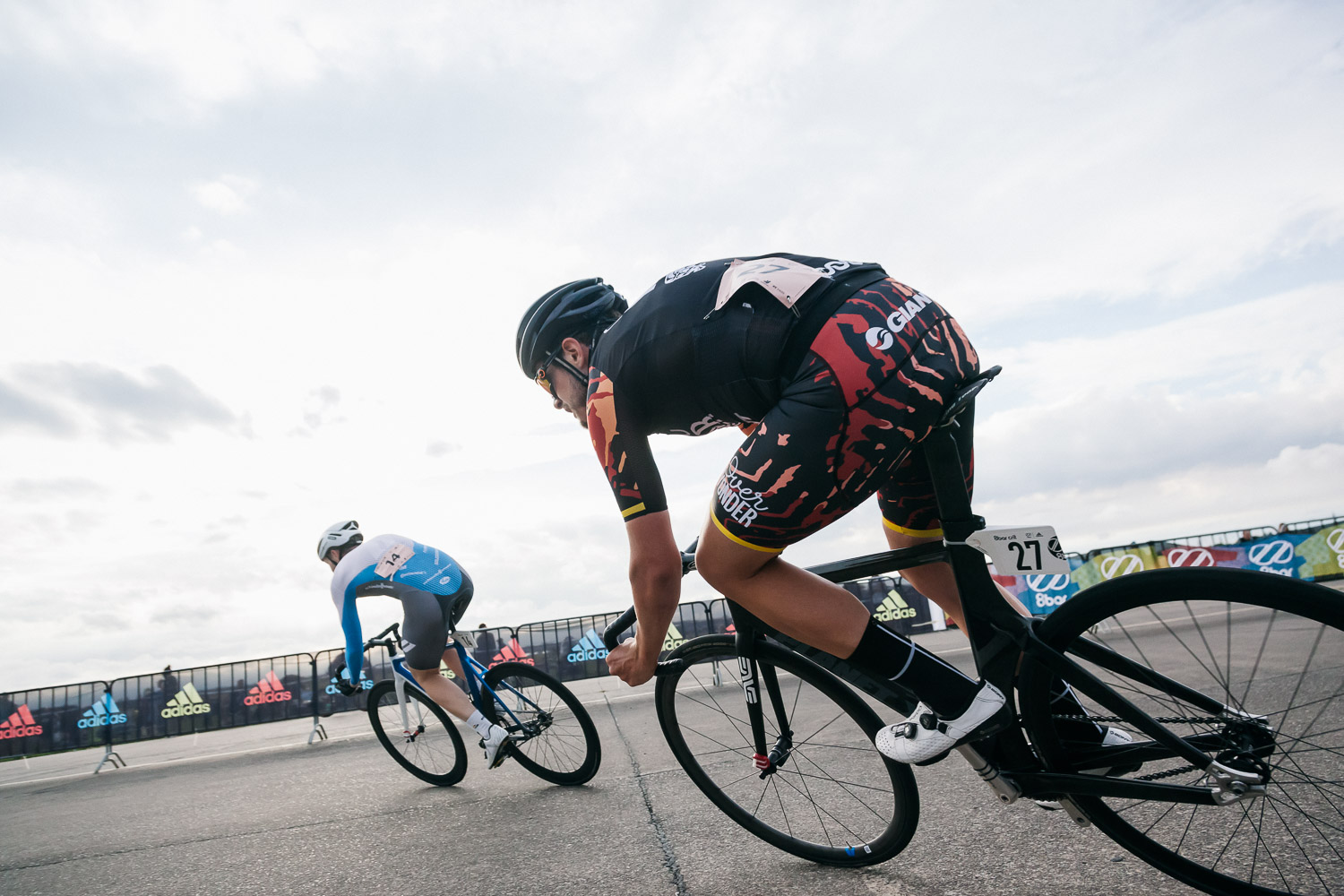 8bar-crit-fixed-gear-bike-race-stefanhaehnel-men-fxd-final-25