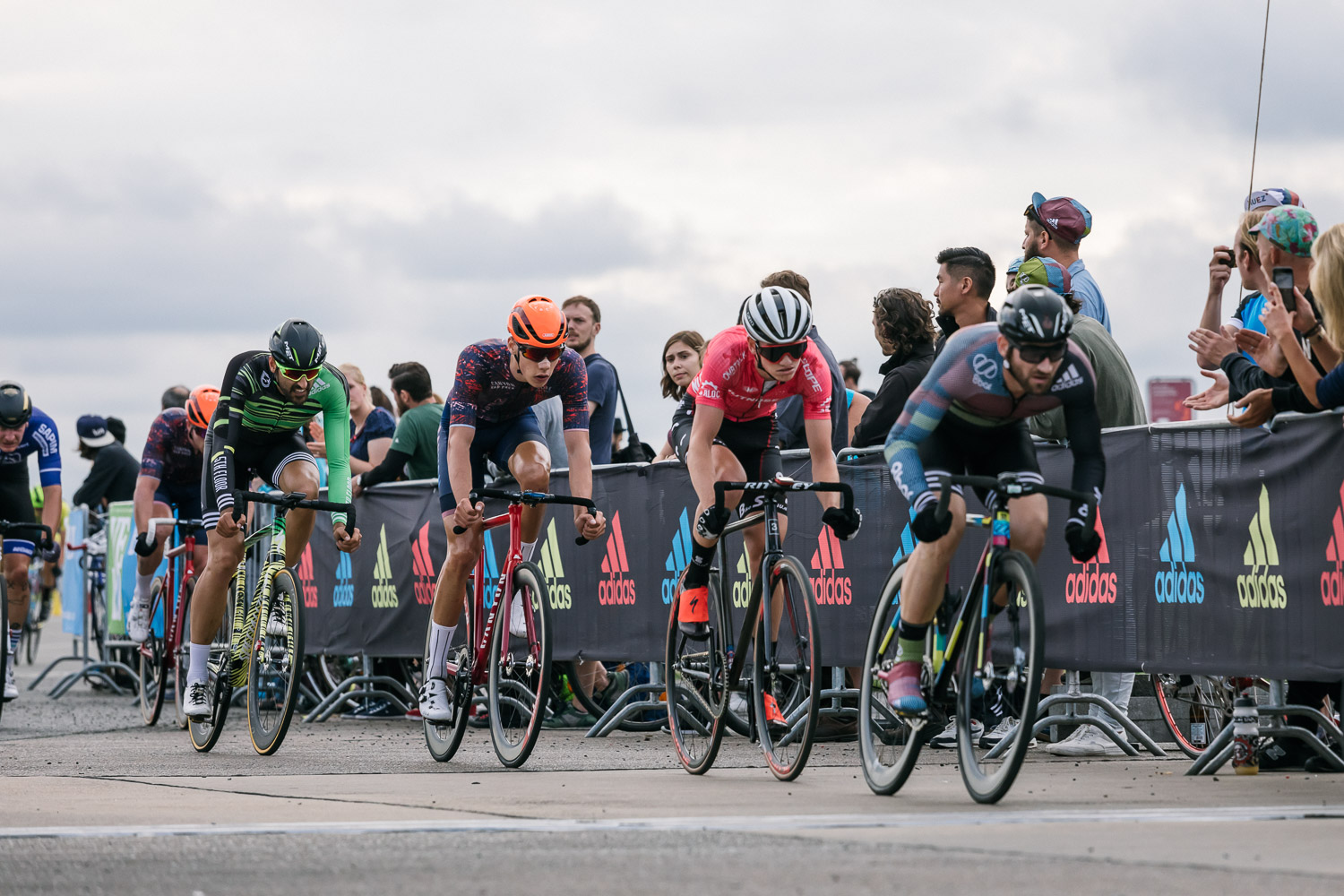 8bar-crit-fixed-gear-bike-race-stefanhaehnel-men-fxd-final-43