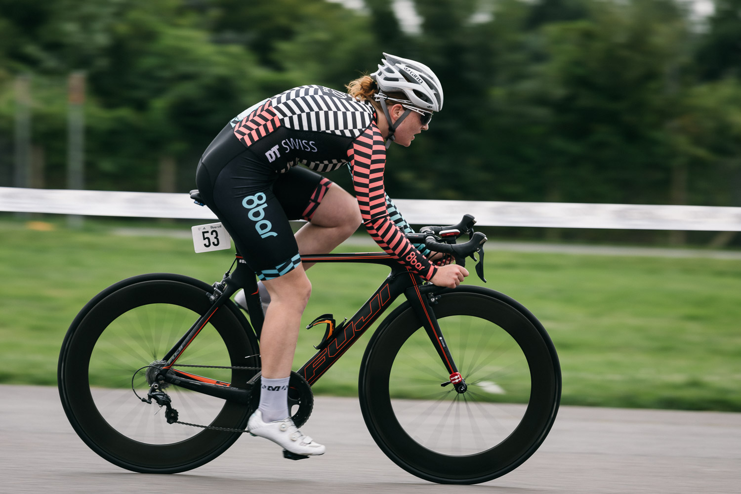 8bar-crit-fixed-gear-bike-race-stefanhaehnel-wmn-rr-7