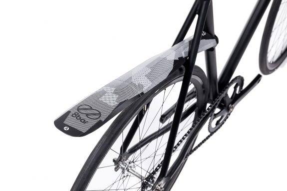 8bar fender asssaver fendor bendor 2 studio bike hr 575x383 - 8bar x fendor bendor fender