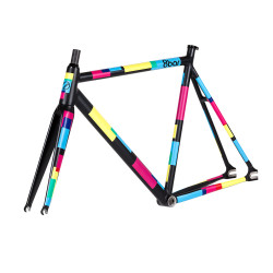 8bar-KRZBERG-v6-team-edition-black-fixie-fixed-gear-berlin-001