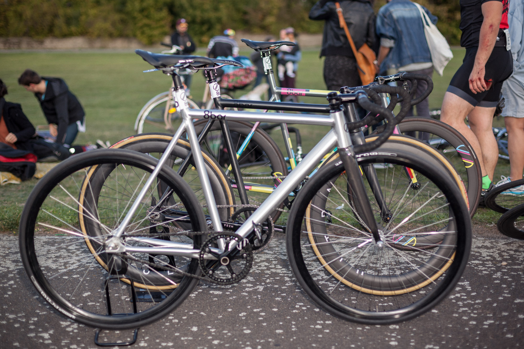 8bar-last-one-standing-fixed-gear-race-0355