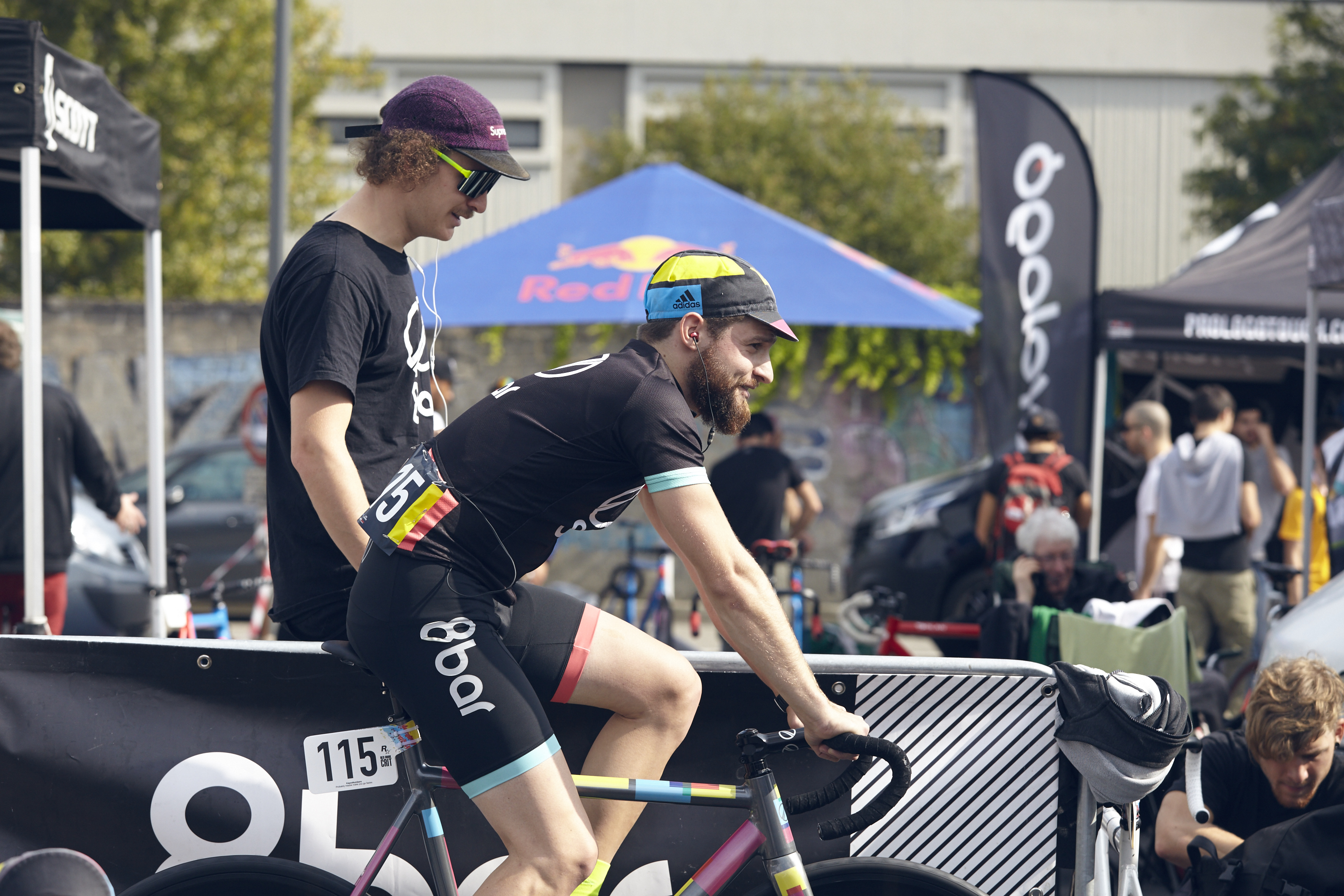 8bar rookies red hook crit milan 7673 - 8bar at Red Hook Criterium Milan 2015