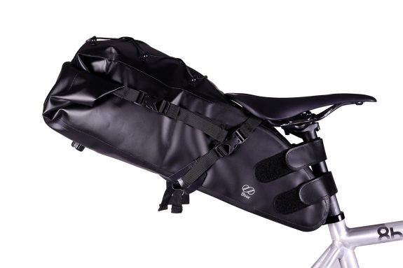 8bar saddle bag at the bike