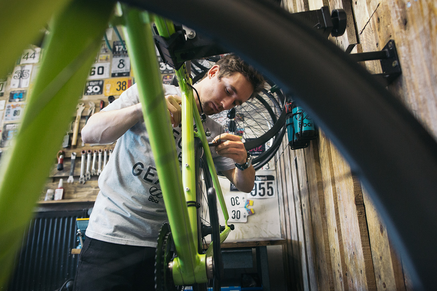 8bar showroom berlin 1012 s - job offer - Shop Manager / bike mechanic - Berlin