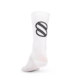 8bar cycling socks - white - 8bar logo