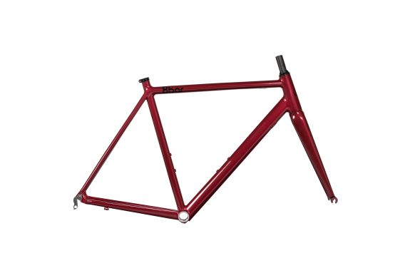 8bar studio frameset kronprinz v2 driveside red bike roadbike 575x383 - KRONPRINZ V2 Frameset