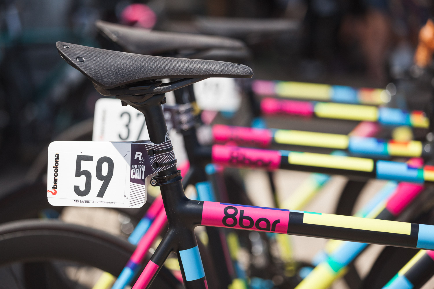 8bar-team-red-hook-crit-barcelona-fixie-fixed-gear-14