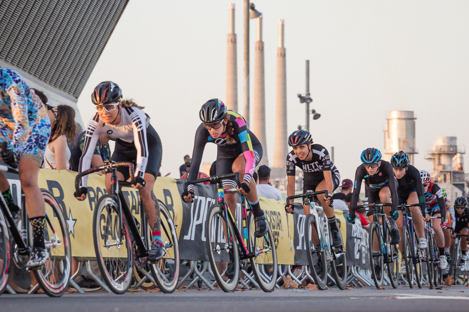 8bar-team-red-hook-crit-barcelona-fixie-fixed-gear-155