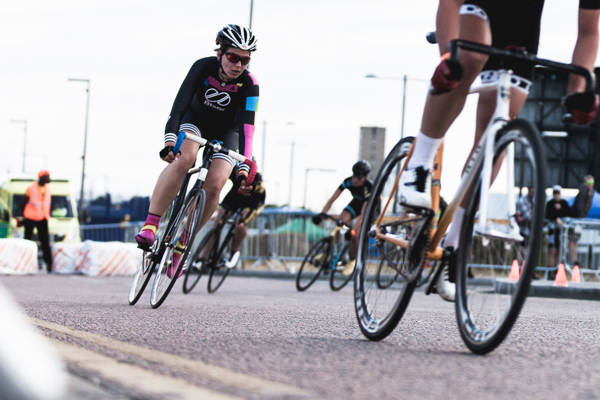 8bar-team-red-hook-crit-london-3202
