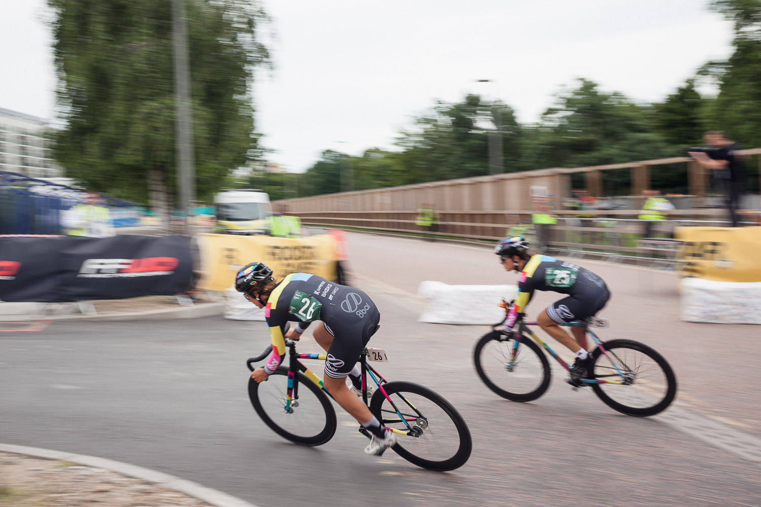 8bar team red hook crit london stefan haehnel 27 - 8bar cycling apparel now in stock!!!