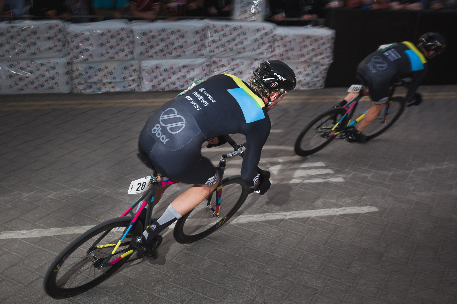 8bar team - Red Hook Criterium London
