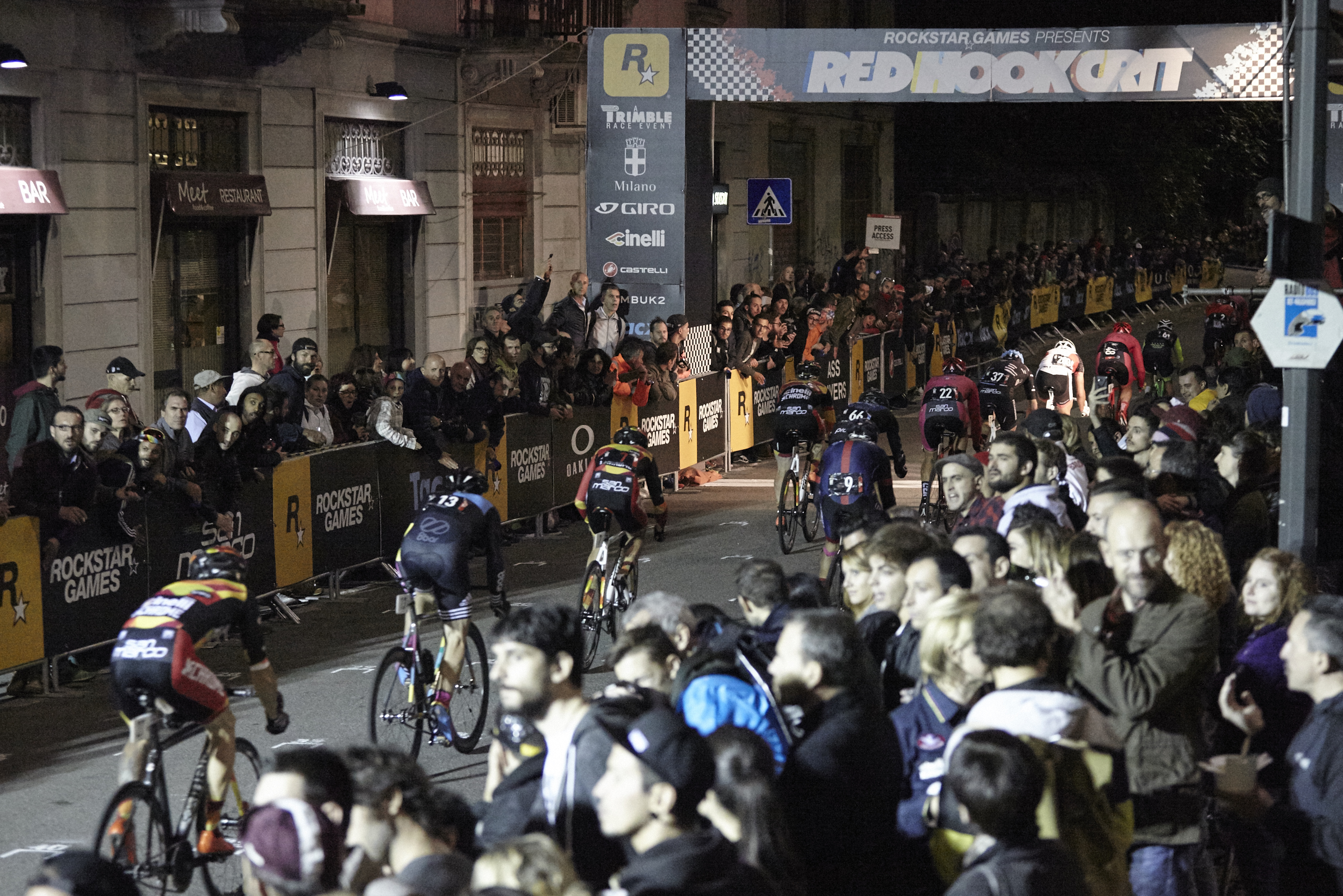 8bar team red hook crit milan 8757 1 - 8bar at Red Hook Criterium Milan 2015