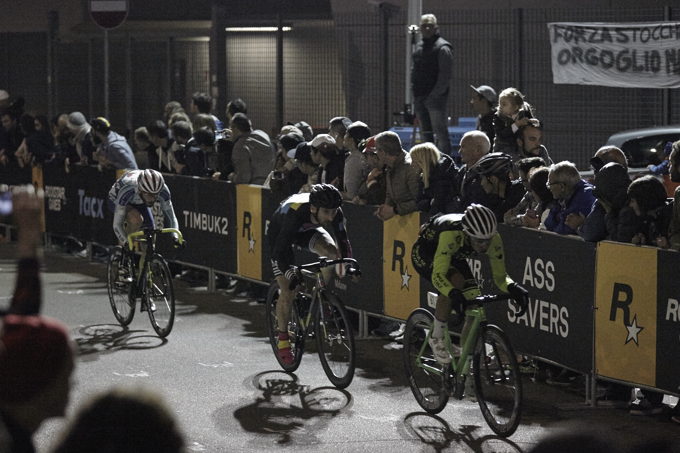 8bar team red hook crit milan 8873 1 - 8bar at Red Hook Criterium Milan 2015