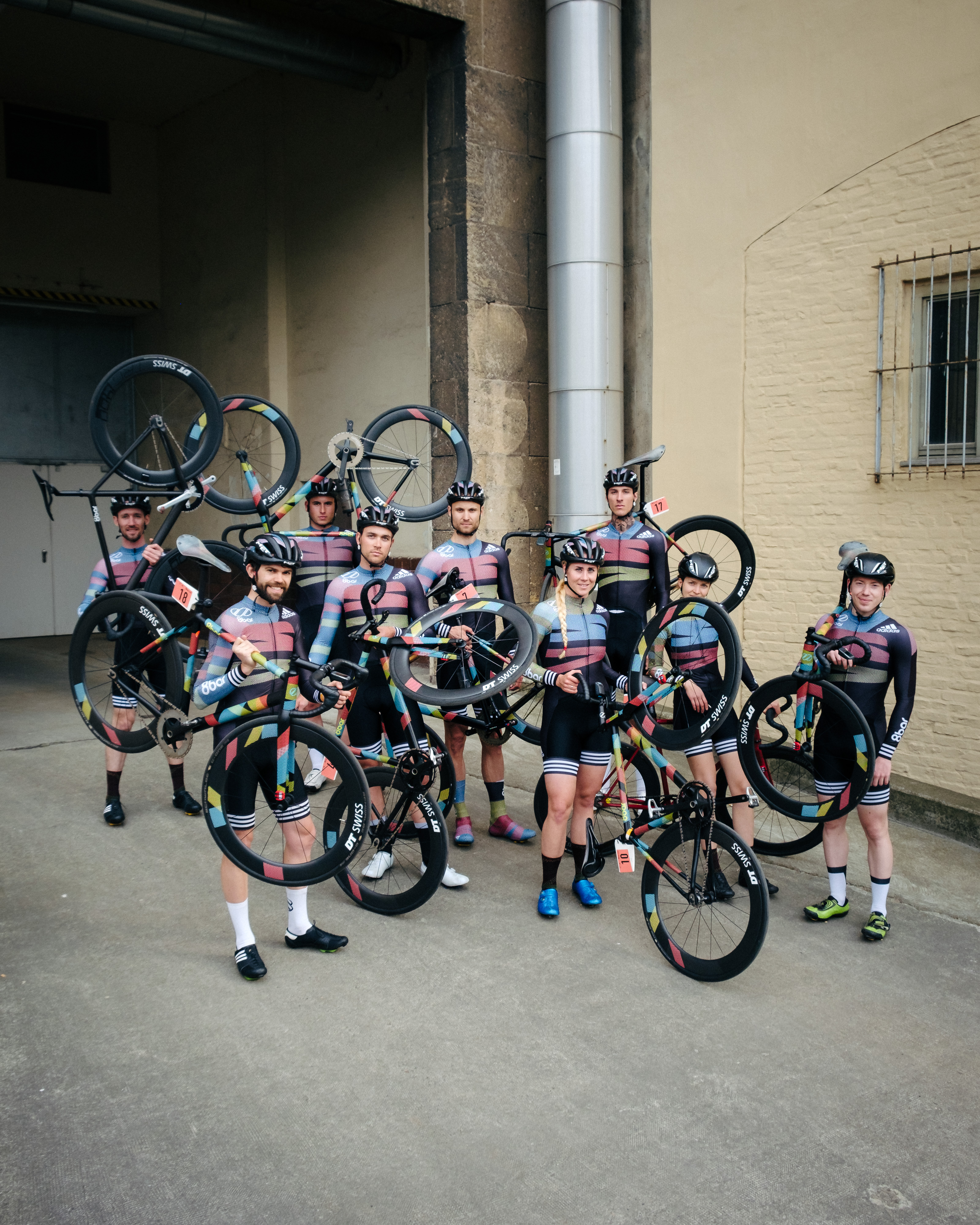 8bar-team-shooting-tmplhof-fixedgear-fixed-gear-fixie-joshua-meissner_hq-0002-190427