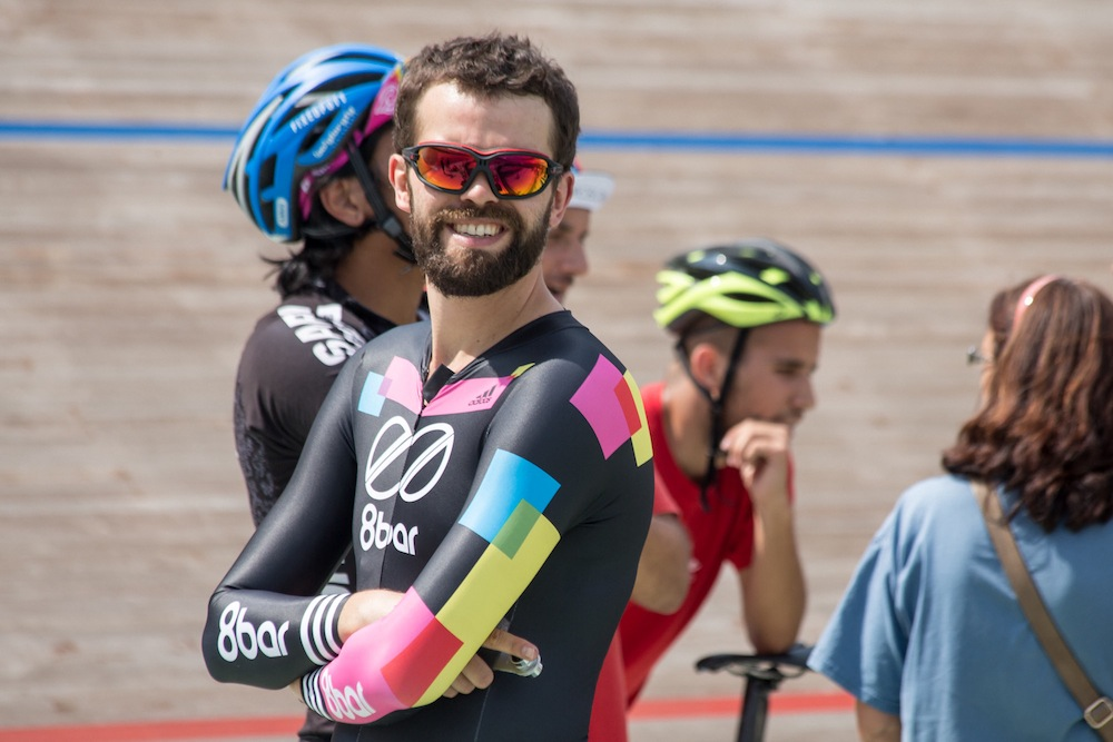 8bar team red hook crit barcelona velodrome adidas eyewear - 8bar team season recap 2015