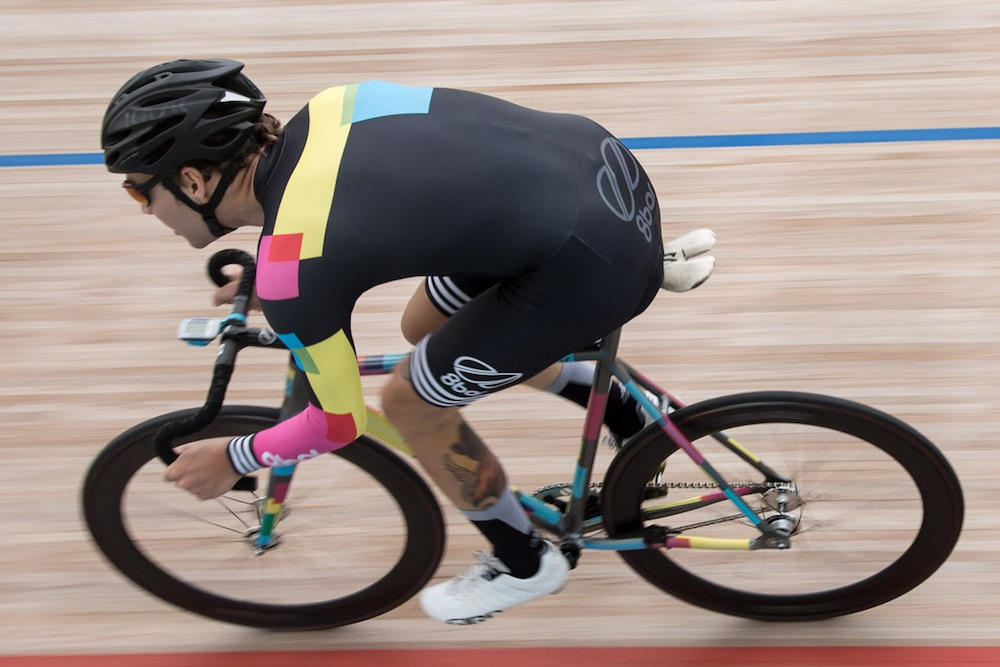 8bar team red hook crit barcelona velodrome kask - 8bar team season recap 2015