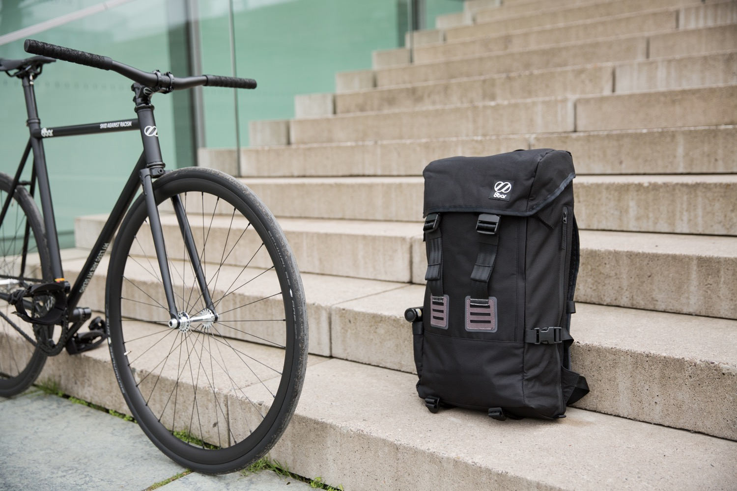 8bar-urban-backpack-city-bag-weekender-travel-bike-lr-20
