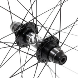 8bar-wheelset-ultra-carbon-fixie-fixedgear-4