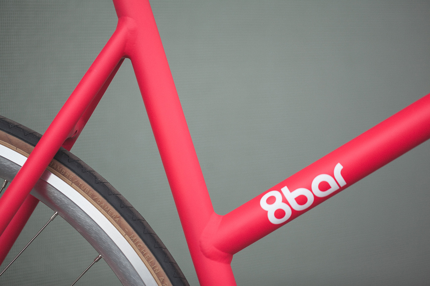 8bar_fhain_v2_women_candy_pink_fixed_gear_fixie_complete_wmn_003